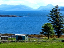 hut and Mull and Morven beyond © Dave McFadzean