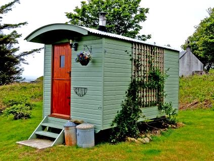 The Lochan Shepherd's Hut © Dave McFadzean